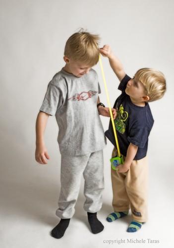 Как измерить ребенка для шитья одежды