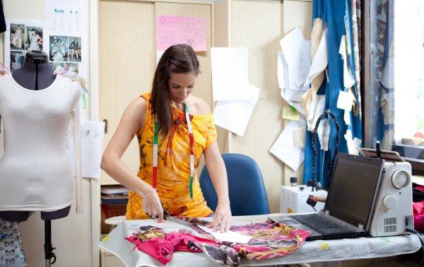 Можно ли заработать на шитье из дома