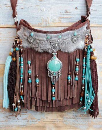 Кожаная сумка в стиле бохо