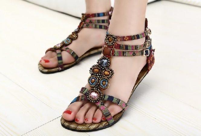 Обувь под платье бохо