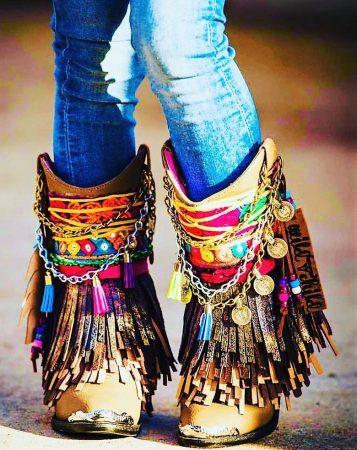С какой обувью носить стиль бохо