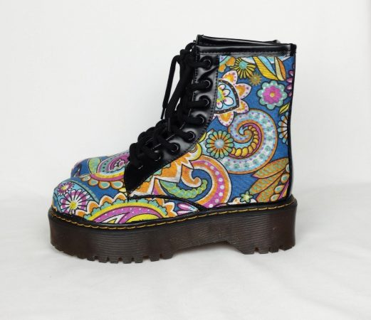 Женская обувь в стиле бохо