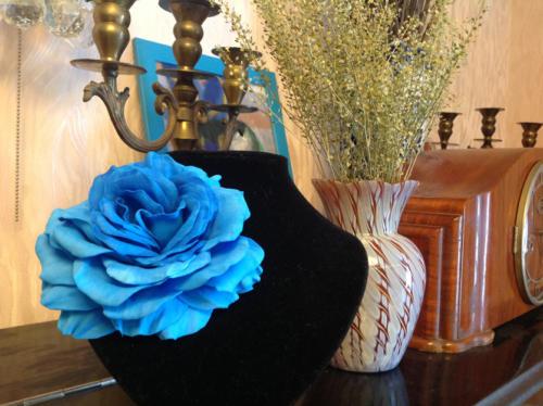Искусственные цветы из фоамирана