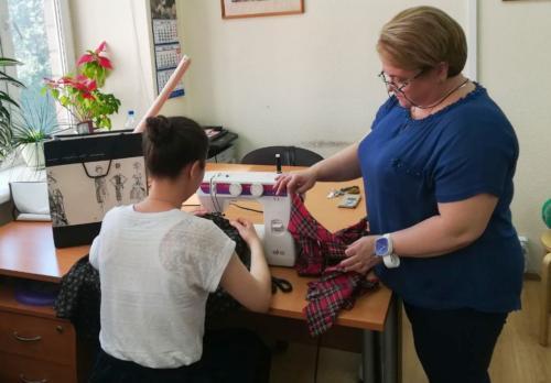 Как научиться шить для себя одежду